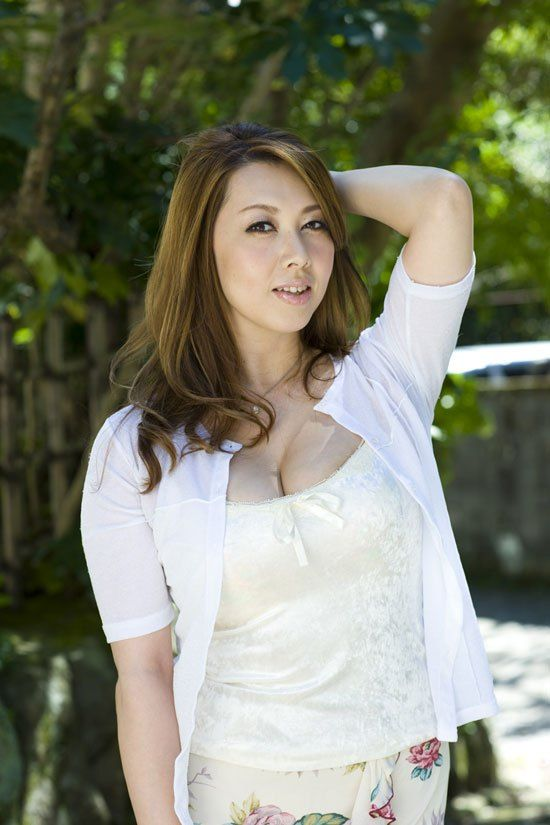 Yumi kazama years in the japanese adult video industry and still going strong japan today