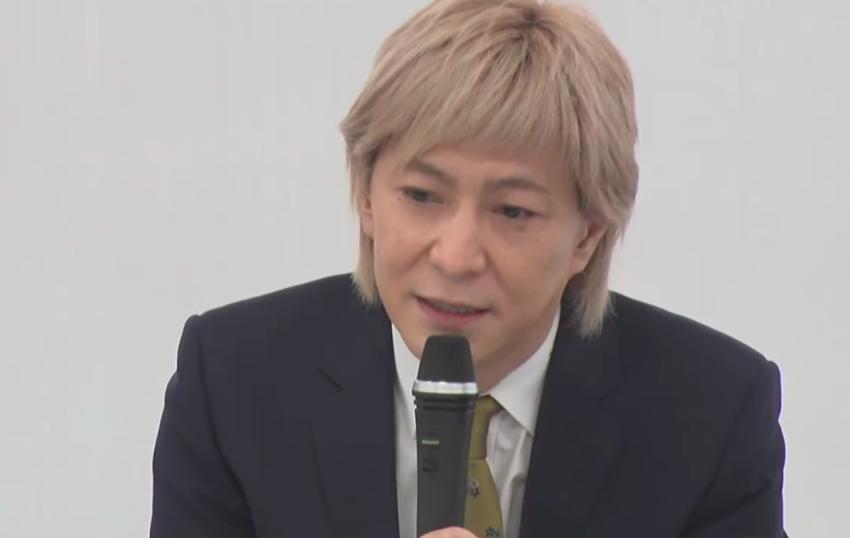 Famed music producer Tetsuya Komuro quits showbiz after reports of