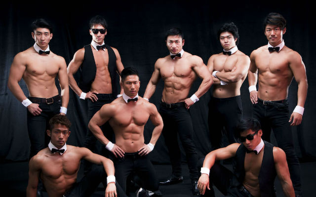 Japanese muscle man group offers to carry you and lend their