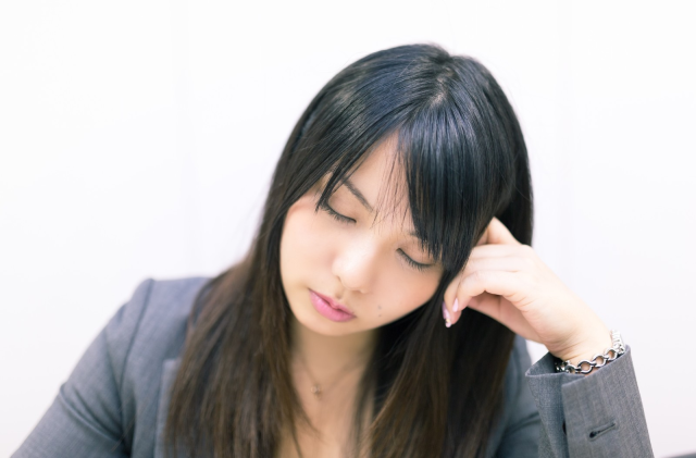 Four frustrating attitudes women in Japan run into when interviewing for jobs, grouped by age